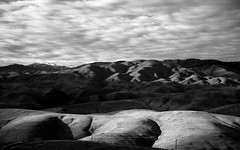 Hills Behind Tableock (Jonathan Lanser) Tags: boise idaho hills foothills shadows mountains sky black white film 35mm kodak canon anseladams