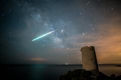 Torre Badum TimeLaspe Milky Way Meteorite (xabyjordi) Tags: timelapse astro milkyway vialactea meteorito mediterranean mediterráneo torre badum peniscola peñiscola meteorite