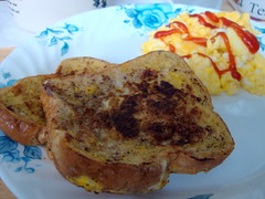 French Toast And Scrambled Eggs. (dccradio) Tags: lumberton nc northcarolina robesoncounty food eat breakfast meal bread frenchtoast catsup ketchup eggs scrambledeggs indoors sony cybershot w230