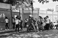 ESTUDIANTES - STUDENTS (alfonsomejiacampos. PLEASE READ MY PROFILE) Tags: escuela puerta posterior estudiantes nietomayor porlamar islademargarita venezuela