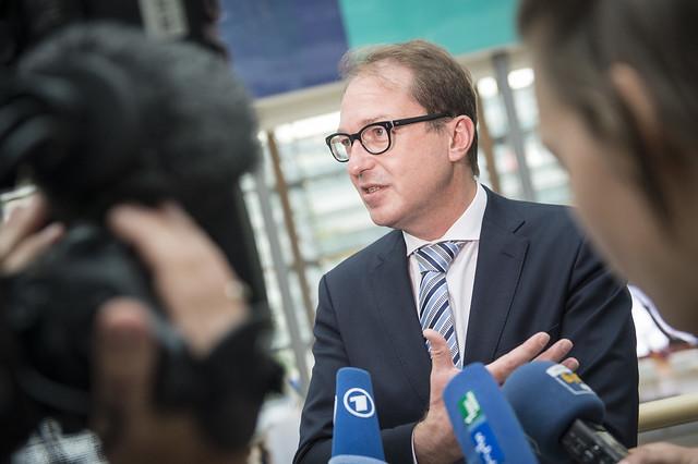 Minister Dobrindt addressing the media