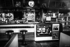 (Mr. Tailwagger) Tags: leica m240 tailwagger elmaritm 28mm hopes diner plaistow new hampshire
