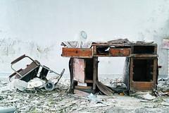 SDIM2438 (ezcrope) Tags: sigma dp merrill manicomio ospedale girifalco catanzaro abbandonato psichiatrico abandoned hospital psychiatric dirty