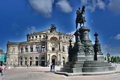 Dresden Opera (Tobi_2008) Tags: dresden semperoper opera building bauwerk sachsen saxony deutschland germany allemagne germania tobi farbe color
