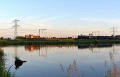 Oudewater, trein naar Amsterdam Westhaven (Ahrend01) Tags: hogebrug oudewater db ns geelgrijs cargo westhaven kijfhoek