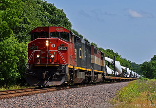 Westbound Special Unit Train in Unity Village, MO