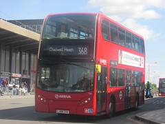 Arriva London T65 LJ08CXV Station Parade, Barking on 368 (1280x960) (dearingbuspix) Tags: arriva tfl travelforlondon arrivalondon 65 t65 lj08cxv