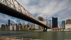 NY-004.jpg (placidoprod) Tags: etatsunis newyork rooseveltisland queensborobridge eastriver