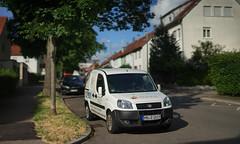 bad parking place (Amselchen) Tags: bokehpanorama bokeh dof depthoffield car 3deffect sony alpha7 samyang 85mmf14