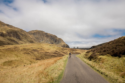 Cycling up to Lochan Na Lairige Dam