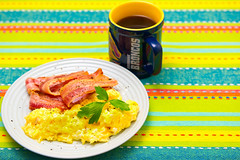 Scrambled eggs and streaky bacon (garydlum) Tags: cooncheese belconnen oliveoil cheese streakybacon canberra bacon eggs