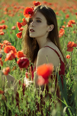 Francesca (Litvac Leonid) Tags: poppy flowers red portrait italy outdoor nikon fashion model mood moody freckles daylight natural light freckled ll photography litvac leonid