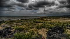 Panne d'inspiration ! (Fred&rique) Tags: lumixfz1000 raw hdr photoshop paysage nature étang bateaux filets ciel nuages aude bages pêche