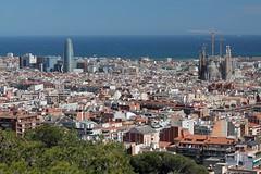 Barcelone (Thomas Schirmann) Tags: barcelone barcelona espagne spain españa catalogne catalonia touragbar torreagbar agbartower sagradafamilia