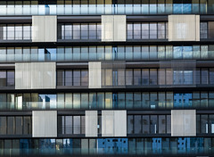 tableau urbain (Rudy Pilarski) Tags: architecture abstract abstrait color couleurs urbain urban structure bâtiment nikon thebestoffnikon tamron 2470