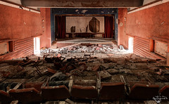 Kino Syrena (Left in the Lurch) Tags: urbex abandoned cinema movies kino