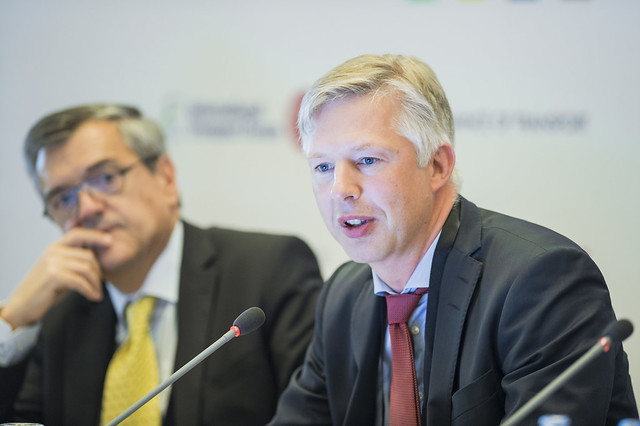 Anders Kellström speaking at the launch of the new report