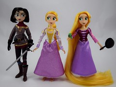 Gift Set Cassandra and Rapunzel and Adventure Rapunzel - 10 Inch Dolls From Tangled: The Series - Disney Store Purchases - Standing Side by Side (drj1828) Tags: us disneystore tangled tangledtheseries doll 2017 purchase posable 10inch 2d deboxing rapunzel cassandra adventure groupphoto sidebyside