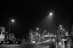 A rainy street (しまみゅーら) Tags: fujifilm xe2 ebc fujinon 28mm f35 monochrome bw