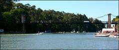 Le pont suspendu du Bono (Bretagne, Morbihan, France) (bobroy20) Tags: lebono port pont pontsuspendu voilier rivièredubono rivière eau water bretagne brittany village morbihan semainedugolfe2017 nautisme france auray