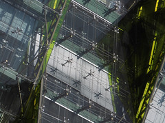 Green 'n White (Ed Sax) Tags: piraeus griechenland fassade edsax hellas glas white green design abstrakt architektur