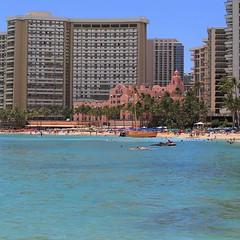 Waikiki Beach (rod marshall) Tags: instagramapp square squareformat iphoneography uploaded:by=instagram waikiki waikikibeach surfing hawaii