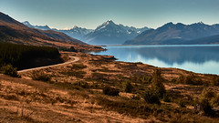 Aoraki Mt. Cook National Park (flowerikka) Tags: newzealand mountains aorakimtcook aorakimtcooknationalpark edmundhillary view lakepukaki street maoris reflection sky wolkendurchbrecher berg see lake landscape nature