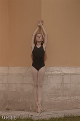 Under a spell {5} (dewframe) Tags: dance girl ballet emotive dramatic mood feelings outdoor young teen