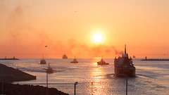 IJmuiden vessels & Golden Hour (tribsa2) Tags: nederlandvandaag marculescueugendreamsoflightportal sunset sunrisesunset seaside seascape shoreline sea goldenhour ship schip vessel