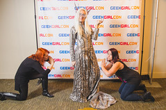 265 (Fearless Zombie) Tags: ggc ggc2015 geekgirlcon geekgirlcon2015 seattle cosplay costumeplay costumes fall partyking thranduil thehobbit tolkien thrandy partykingthranduil shuttershades kingthranduil