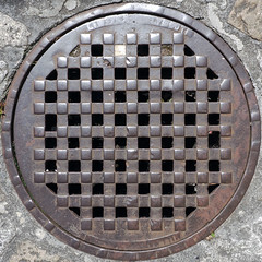 manhole cover (chrisinplymouth) Tags: accesscover manholecover iron metal grill round circular rust lid pavement square squaredcircle circle squircle cw69x cap ground 2017