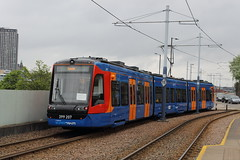 Stagecoach Supertram 399207, Granville Road 13/05/17 (TC60054) Tags: stagecoach supertram sheffield rotherham stadler vossloh tram train tramtrain tramway light rail citylink sypte south yorkshire