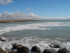 Rota (Cádiz) (NachoAM) Tags: rota cádiz playa sol marea arena cielo despejado baño rocas malecón océano atlántico clouds beach atlanticocean sand sky sun agua cost costa pier