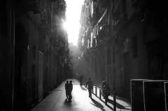 BARCELONA BACKSTREETS (Dan ODonnell) Tags: barcelona black white kids boys playing shadows monochrome sunlight sunshine spain catalonia catalan adventure nomad travel travelling backpacking dan odonnell street alley buildings