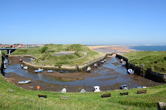 Low tide at Seaton Suice harbour (DavidWF2009) Tags: northumberland seatonsluice harbour lowtide beach