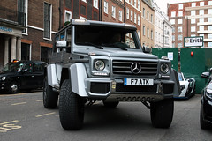 Mercedes-Benz G 500 4X4² (Instagram: R_Simmerman) Tags: mercedesbenz g 500 4x4² mercedes benz amg 4x4 london united kingdom uk spring 2017 may mayfair harrods knightbridge parklane sloane street valet parking garage hotel combo supercars sportcars hypercars londoncars carsoflondon supercarsoflondon qatar saudi uae arab