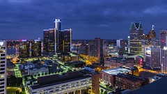 Penthouse view (Notkalvin) Tags: detroit penthouseview penthouse view rooftop roof fromabove lookingdown city night cityscape lights buildings skyline motorcity notkalvin mikekline notkalvinphotography outdoor greektown greektowncasino michigan