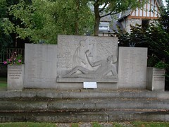 45-Pithiviers - 1944 (jefrpy) Tags: 45loiret warmemorial guerrede3945 ww2 resistance france psaget monumentauxmorts