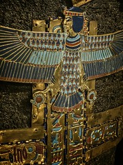 Plaque on the chest of King Tutankhamun's inner sarcophagus New Kingdom 18th Dynasty 1332-1323 BCE (mharrsch) Tags: mummy plaque sarcophagus gold kingtutankhamun tomb burial funerary newkingdom 18thdynasty 14thcenturybce egypt ancient pharaoh ruler monarch king discoveryofkingtut exhibit newyork mharrsch premierexhibits