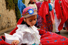 Gitana (Clanck) Tags: niña gitana devoción religiosidad religión fe cultura tradición colores perú igersperú