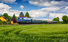 110 428 - Hamm - 20/05/2017 (spottermarc) Tags: e10 110 4280 428 br baureihe dtrain tri tobias richter train rental gmbh canon eos 5d mark ii deutsche bahn db ag drb eisenbahn international stahlblau sonderzug köln heritage railway lok loc bundesbahn 1966 1435mm traktion nahverkehr passagier trainspotting engine spotter trainspotter