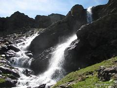Lavaderos de la Reina (Landahlauts) Tags: acequiadeltiopapeles andalucia arroyocovatillas biodiversidad canonpowershotg11 excursion hoyadelaalberca lanjaron lavaderosdelareina parquenacionaldesierranevada parquenaturaldesierranevada senderismo sierranevada