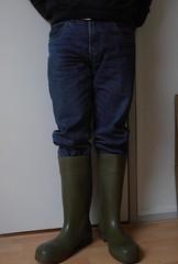 DUNLOP  Purofort  groen  025 (stevelman14) Tags: dunlop purofort groengroen laarzen poseren schoon indoor