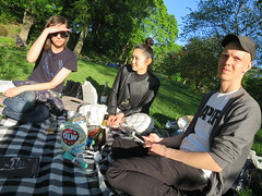 IMG_0072 (grindove) Tags: katarina johan yayoe mat chips