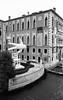 (Salada Verde) Tags: ilford hp5 canon ftb argentique analog analogue analogica noir et blanc black white bw nb preto e branco pb venice veneza venezia venise atvo film pelicula italy italia italie négatif epson perfection v600 plus 400 id11