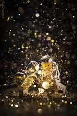 Star Wars and Other Galactic Funk (Avanaut) Tags: starwars lego spaceman classic originality disco dance toy toyphotography minifigure gold glitter stuckinplastic toyphotographers c3po
