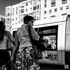 R0016992-Modifier-2-999 (nobru2607) Tags: ricohgrd3 grd3 grdiii ricoh lyon streetphotography