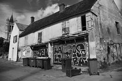 Goussainville (clubphotobougival) Tags: goussainville village abandonné avions roissy pistes restes ruines tags vestiges iledefrance