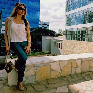 www.personalstylistbh.com.br   www.carolinedemolin.com.br  #moda #trend #fashion #trend #tendencias #estilo #style #personalstylist #personalstylistbh #consultoriadeimagem #consultoriadeimagembh #consultoriademoda #consultoriadeestilo #identidade #imagem