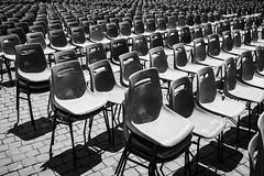 ... find your seat ... (NygrenPatrik) Tags: rome chairs blackandwhite fotosondag fs170528 djup depth